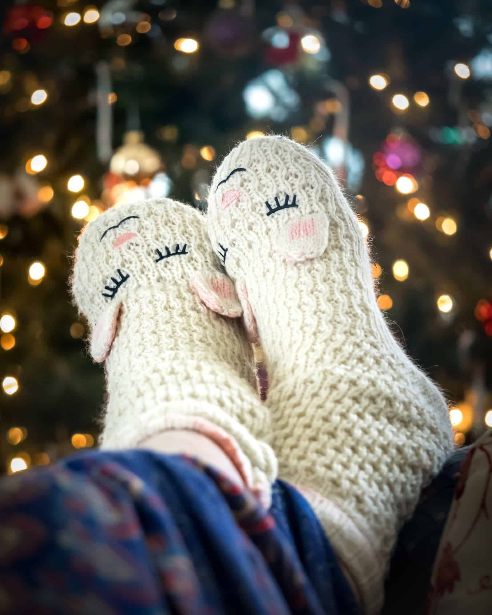 12 Holiday self care ideas to make taking care of yourself through the holidays a priority! Reduce holiday stress with a Self Care Day… or 12!
