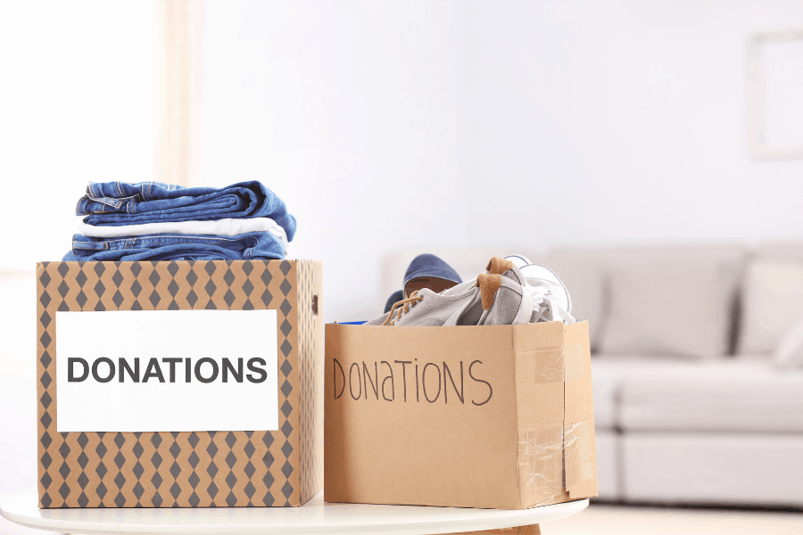 How to reduce clutter in your home! These 7 good habits will help with managing and minimizing clutter in your home.